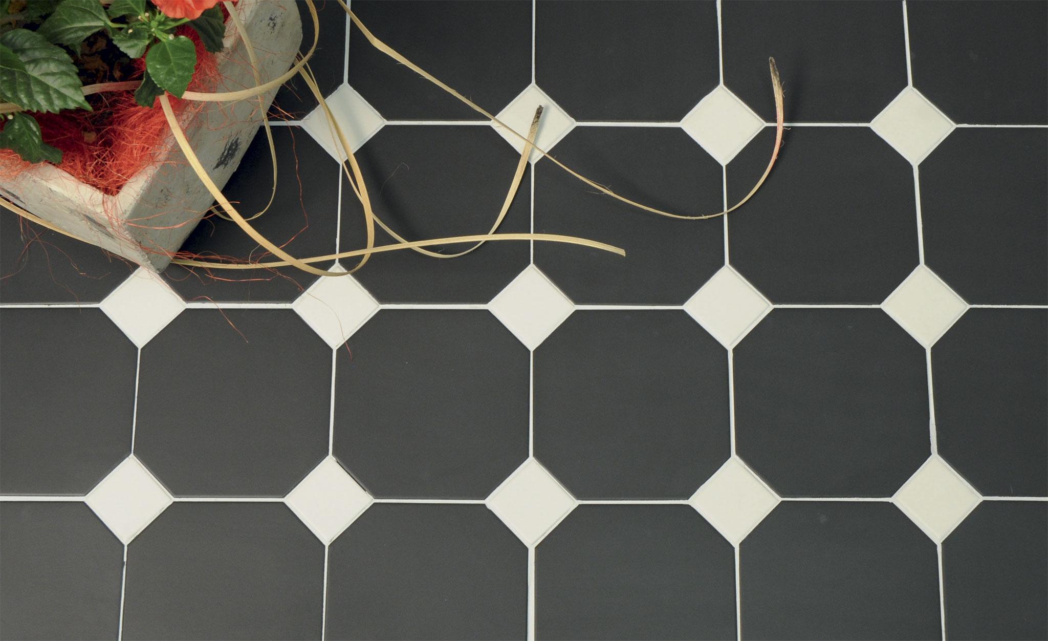 Pavimento e rivestimento imperiale di self style tccviterbo
